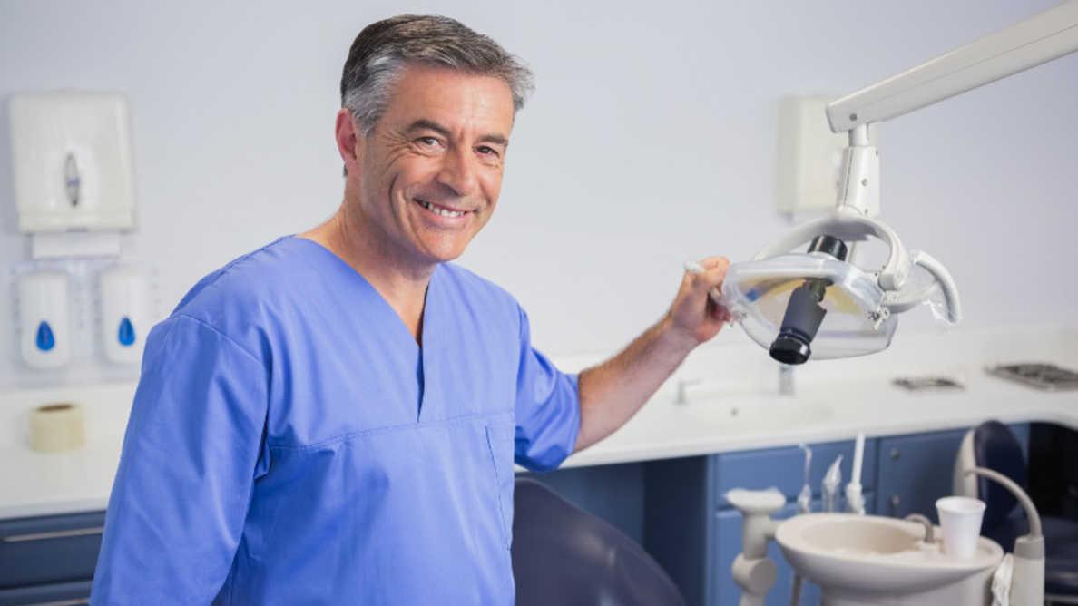 Денталната медицина е в топ 10 на най-добрите професии за 2021